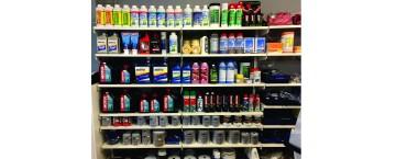 Stort utvalg av vedlikeholds produkter.